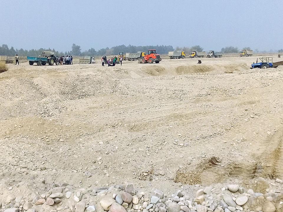 Rampant extraction of resources weakens dozens of bridges in Mahottari