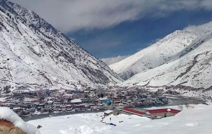 Dolpa experiences third snowfall, transportation halts