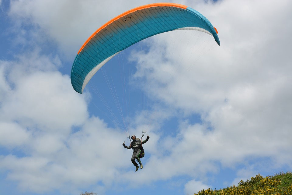Successful test of paragliding in Rampur Valley