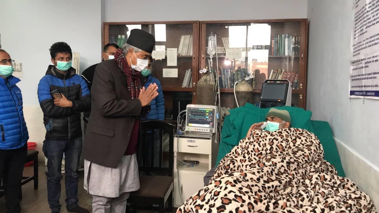 Sher Bahadur Deuba, Gagan Thapa visit ailing Dr. KC in solidarity