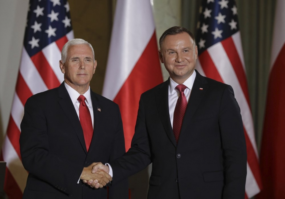 Polish PM, US vice-president sign 5G network security declaration
