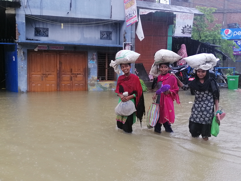How to stay safe during floods and landslides?