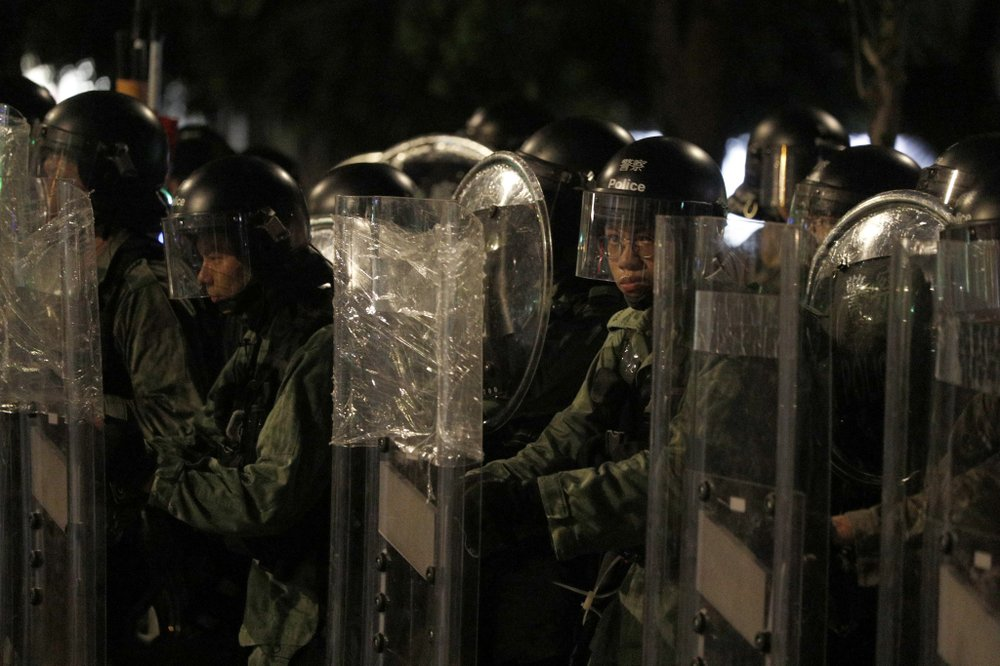 Hong Kong protesters, police ready for another likely clash