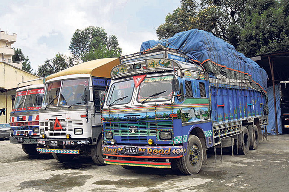 Truck operators withdraw protest