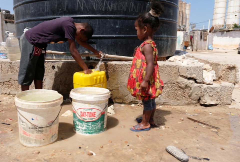 In battle for Libya's oil, water becomes a casualty