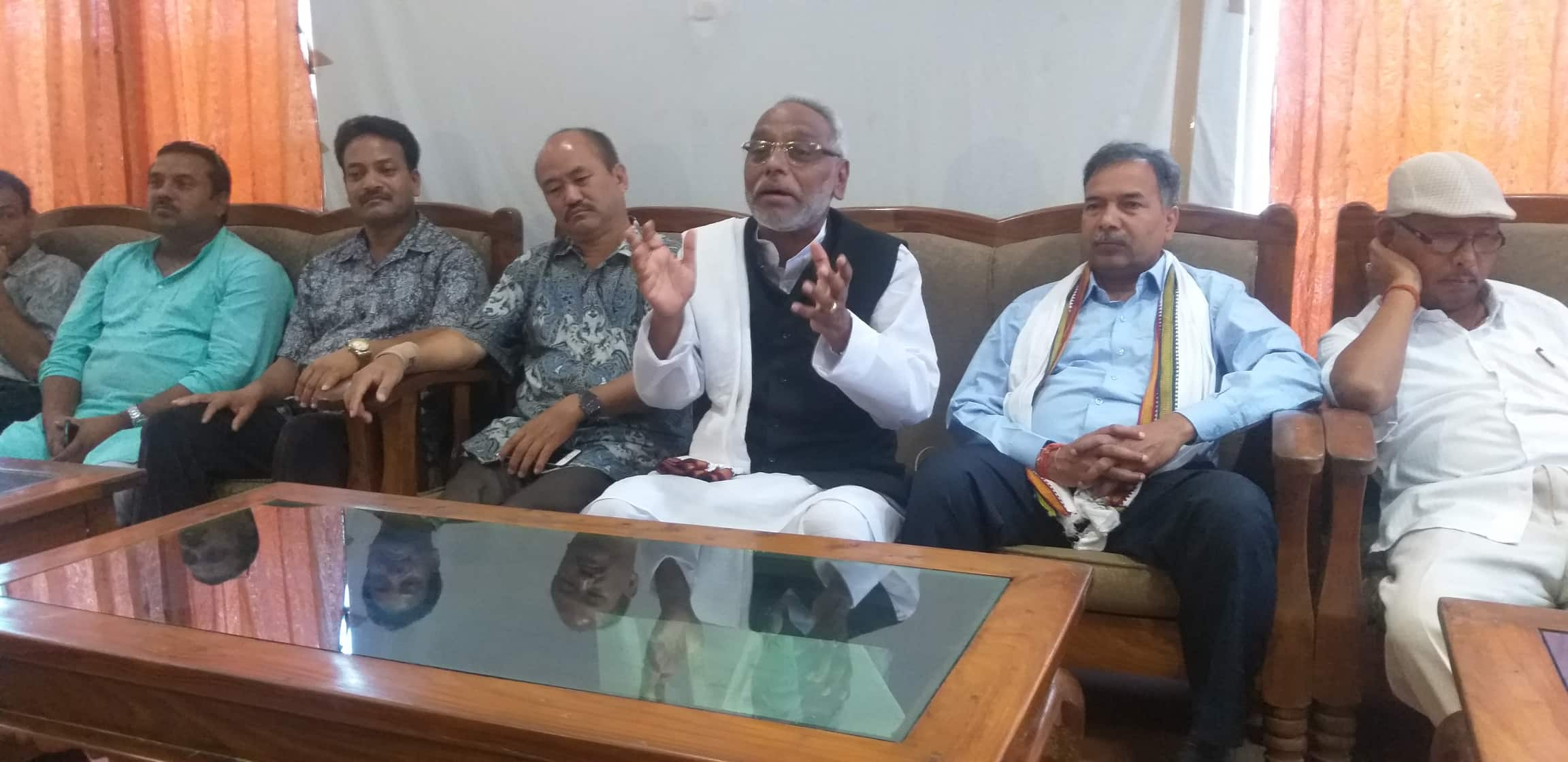 Mahato calls for banning extraction of Chure range