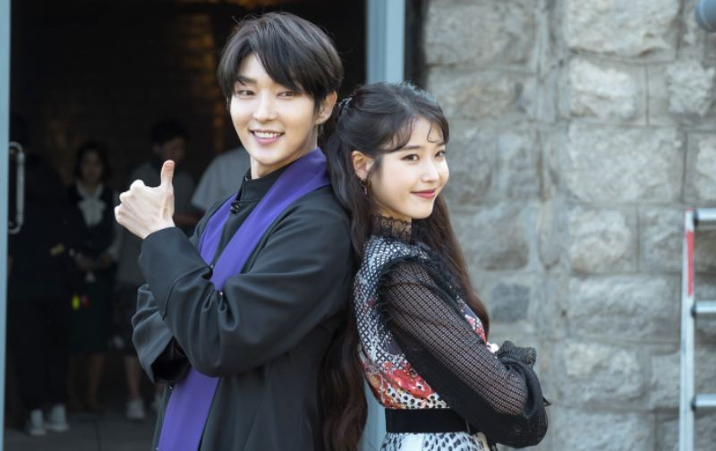 """Hotel Del Luna"" Reveals Sneak Peek Of Lee Joon Gi And IU's Tense Encounter"