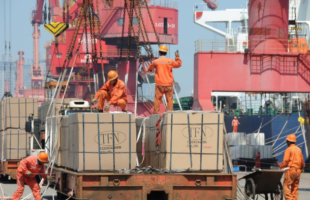 Trade deficit balloons to Rs 1.32 trillion
