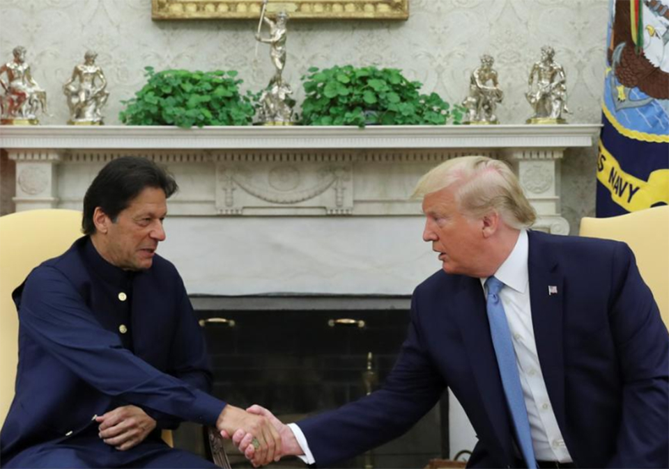 Trump, Pakistan's Khan discuss way out of Afghanistan war