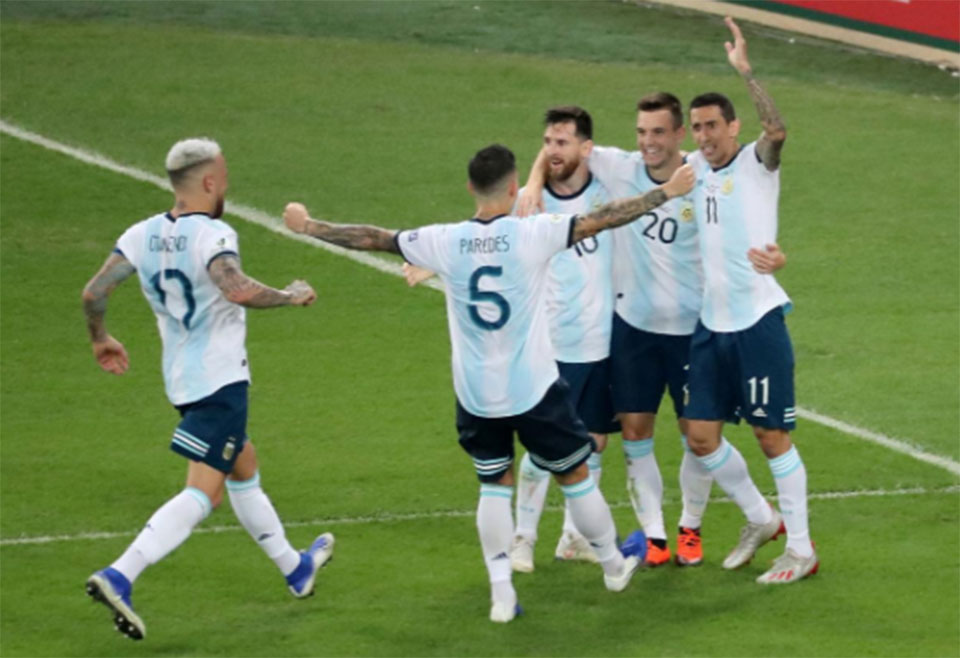 Argentina see off Venezuela to set up titanic Copa clash with Brazil
