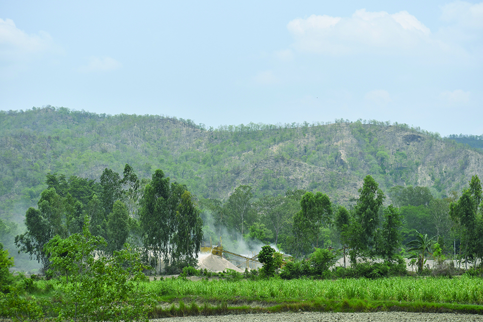 Crusher plants operating unabated near human settlements