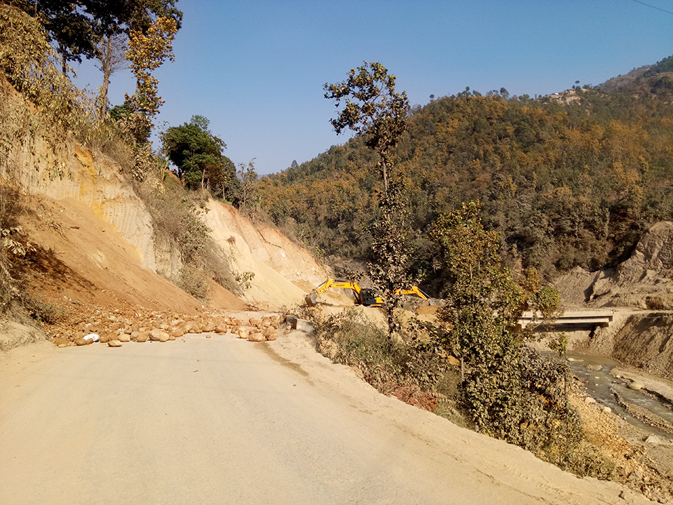 Syafrubesi-Rasuwagadhi highway obstructed following landslides
