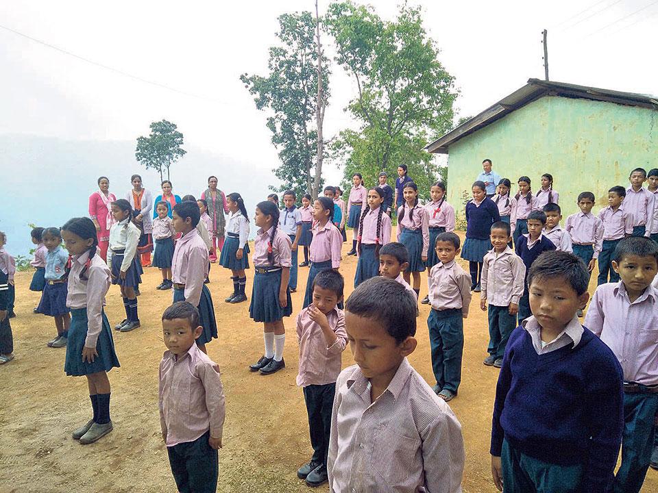 Community schools struggling with English medium