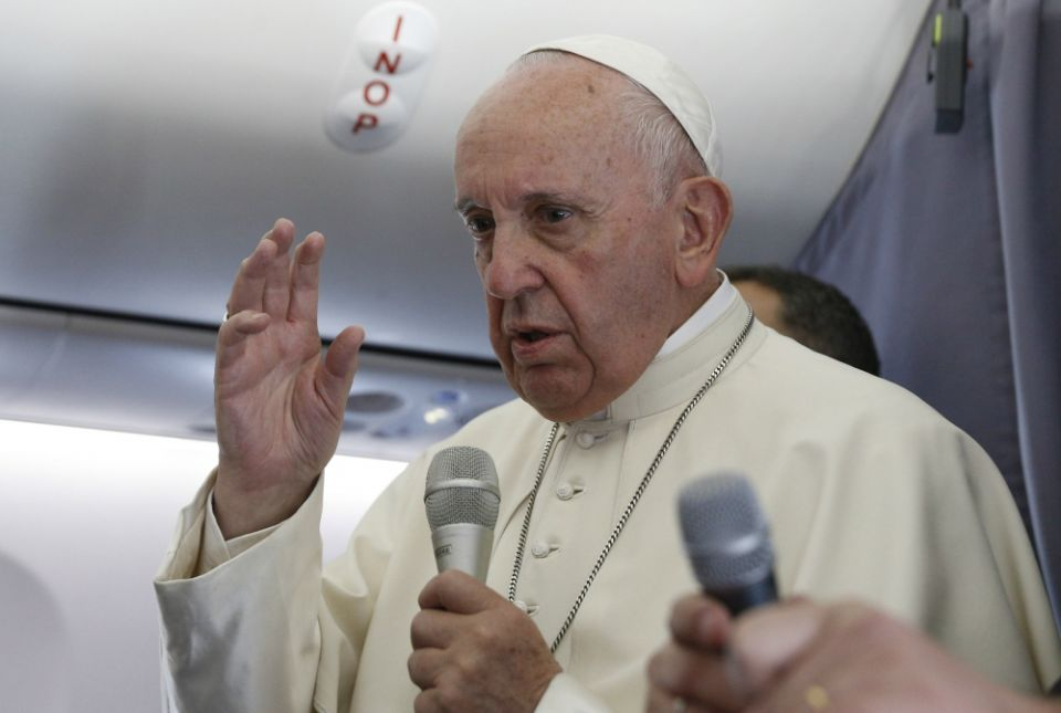 Pope appeals for peace, dialogue in Sudan
