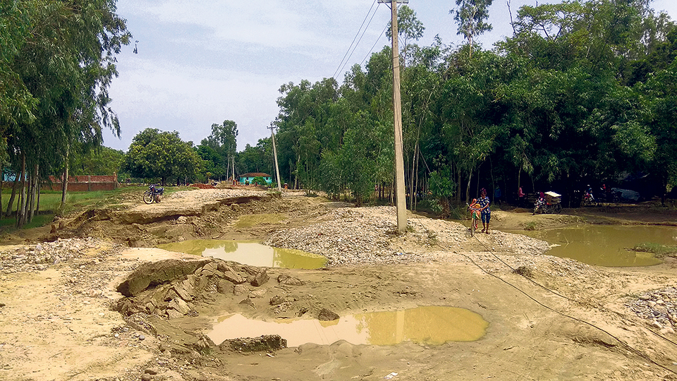 Postal Highway still incomplete, people in  Tarai disappointed