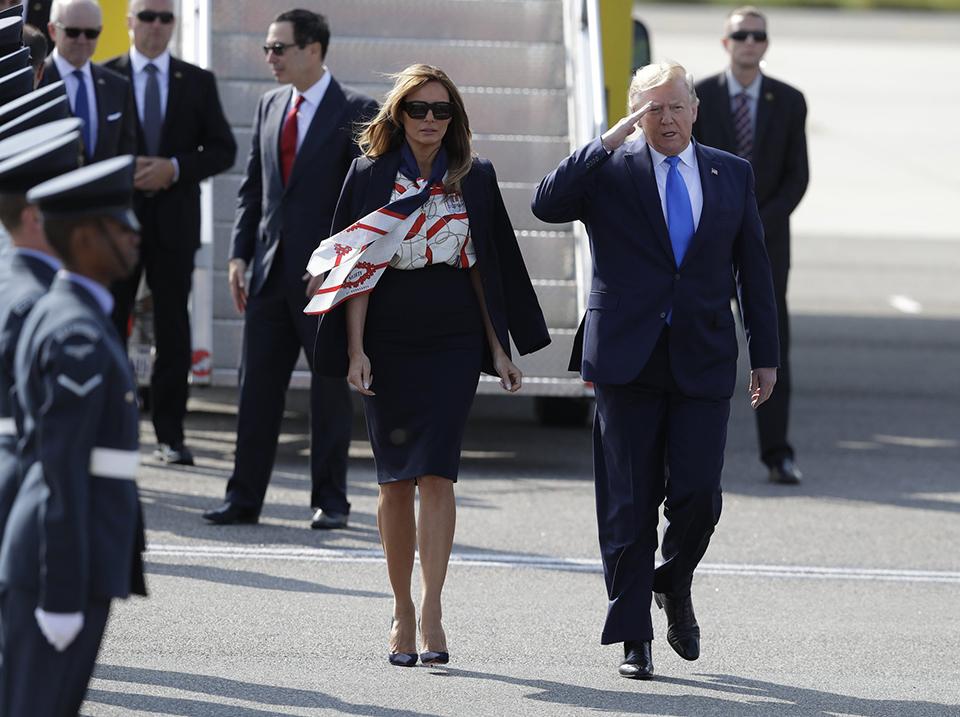 Trump kicks off British trip with tweet against London mayor