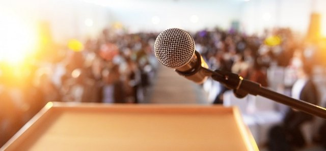 Importance of the public speaking and for leadership