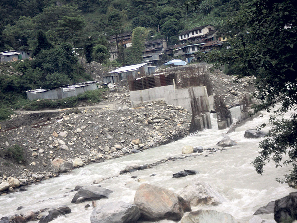 Construction of Madyamodi hydel project resumes