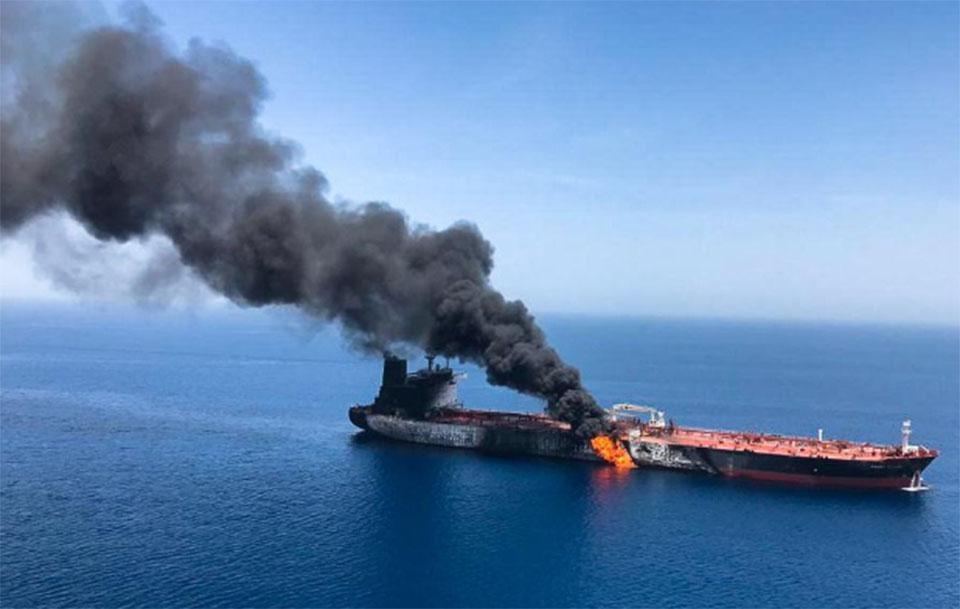 Trump blames Iran for tanker attacks as crisis fears rise
