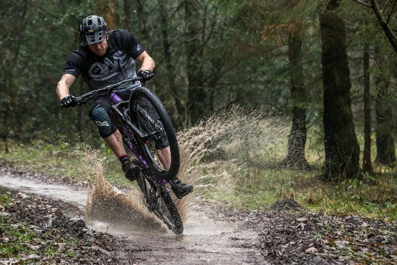 Some tricks for safe bike ride in rain