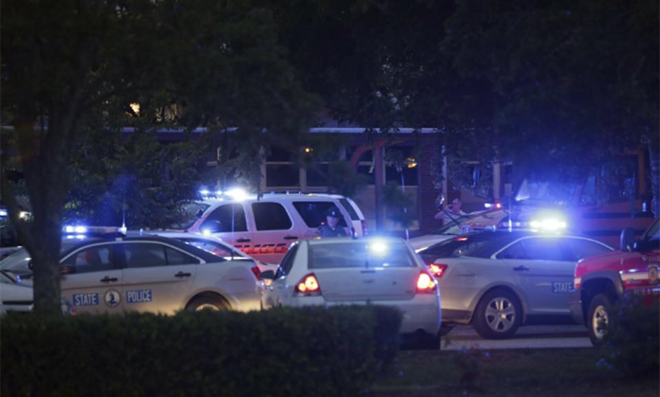 12 people killed in Virginia Beach shooting; suspect dead