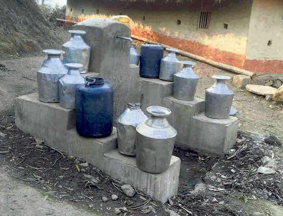 Martadi reeling under water shortage for two weeks