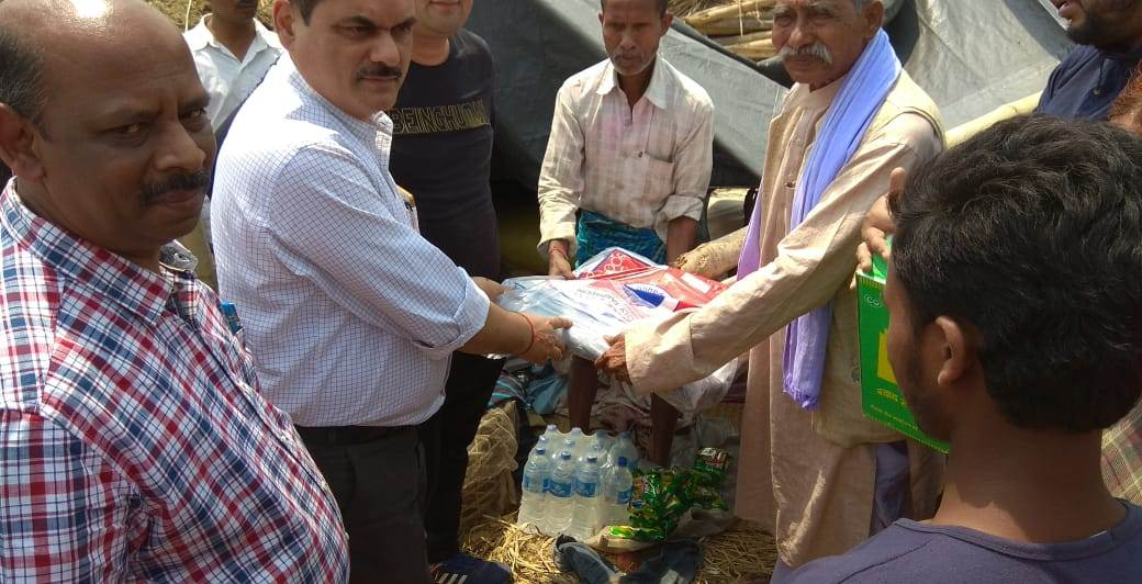 Indian Consulate in Birgunj distributes tarpaulins to storm-affected people in Bara