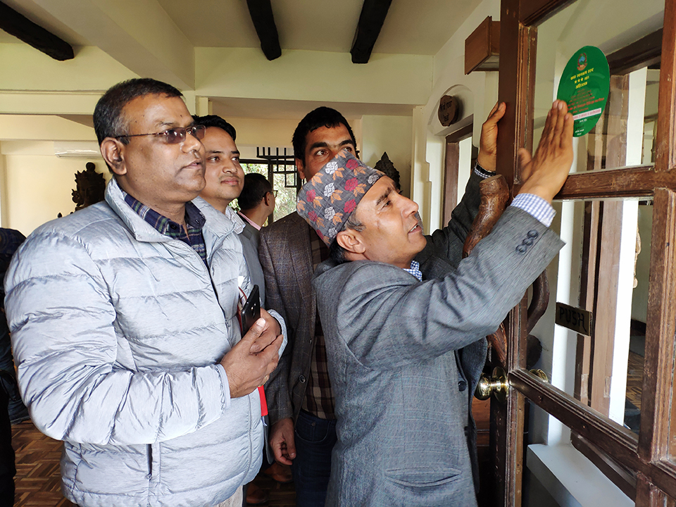 Food quality certificates awarded to Dhulikhel hotels
