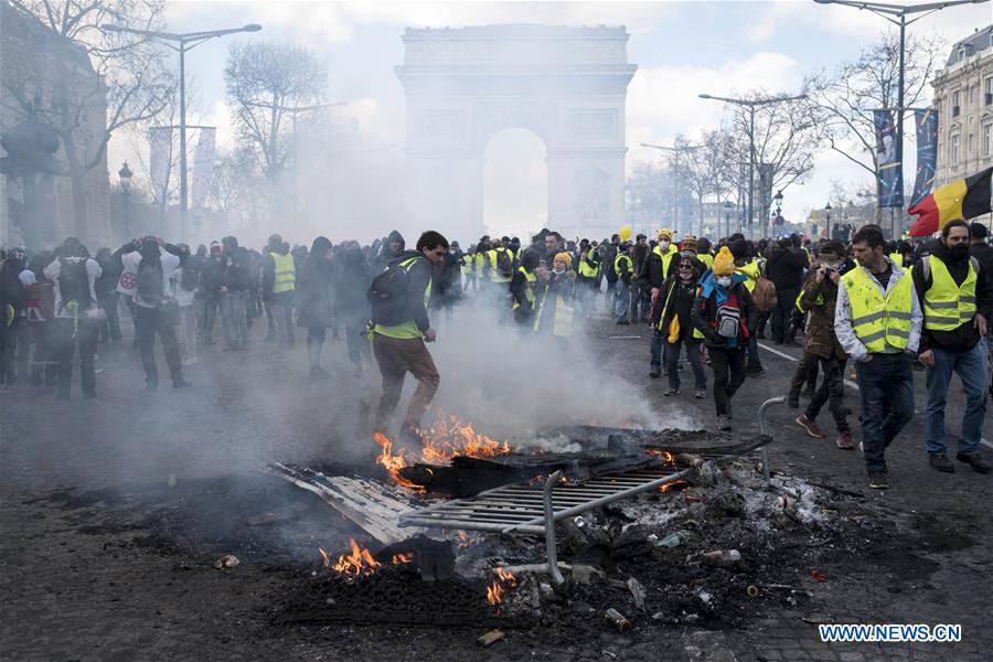 "Over 200 arrested, scores wounded after ""Yellow Vest"" protest turns violent in Paris"