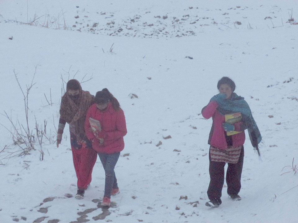 Snowfall in Humla puts SEE candidates in trouble