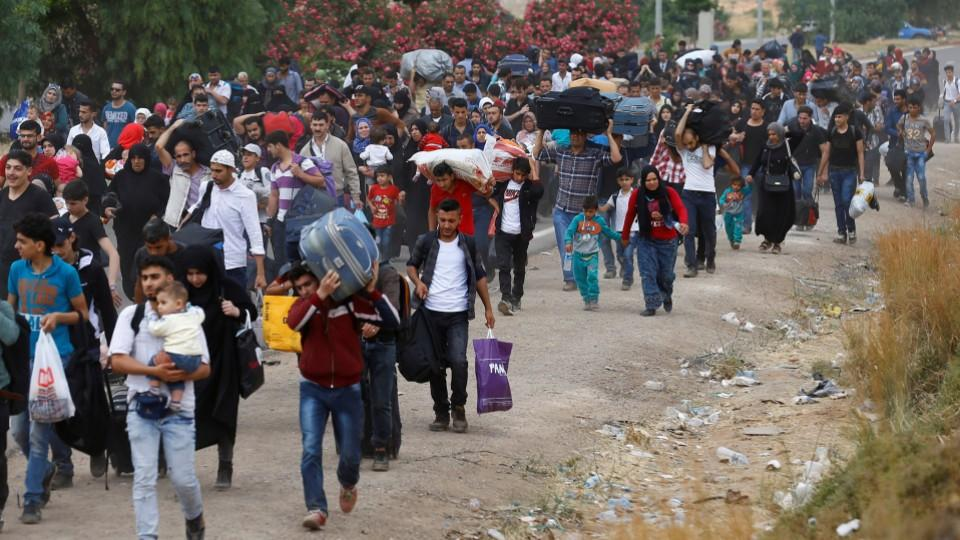 1.7 million Syrian refugees wish to return home: Russian center