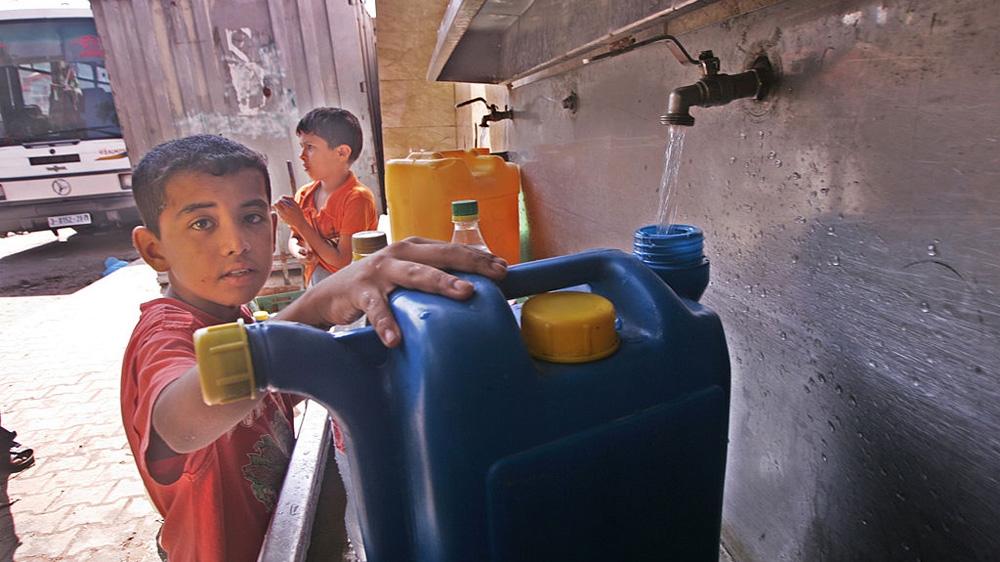 U.N. rights expert: Israel depriving Palestinians of clean water