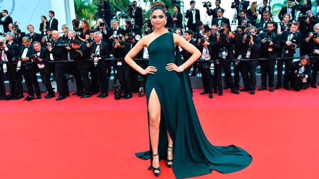 Deepika set to fly to Cannes, posts on Instagram