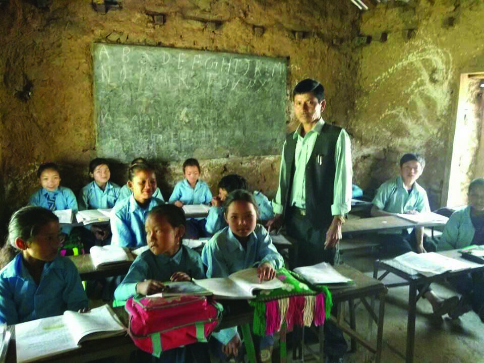 Rolpa schools struggling in lack of funds