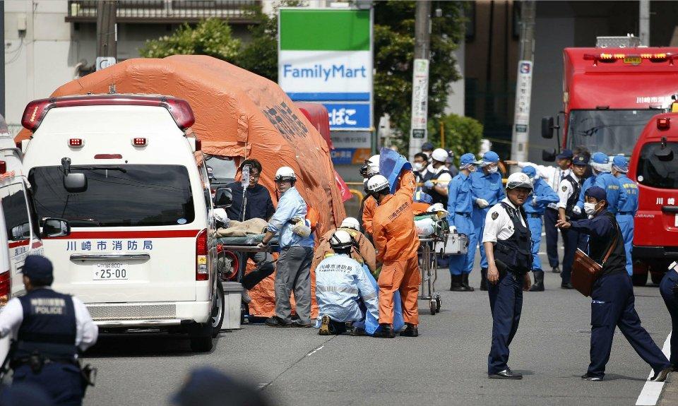 Knife-wielding man attacks schoolgirls in Japan, killing 2