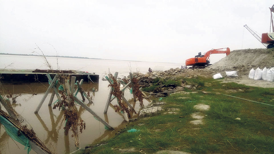 90 families trapped as India diverts Koshi flow