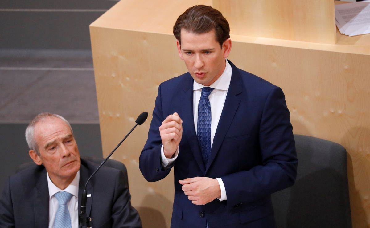 Austrian lawmakers vote Kurz's government out of office