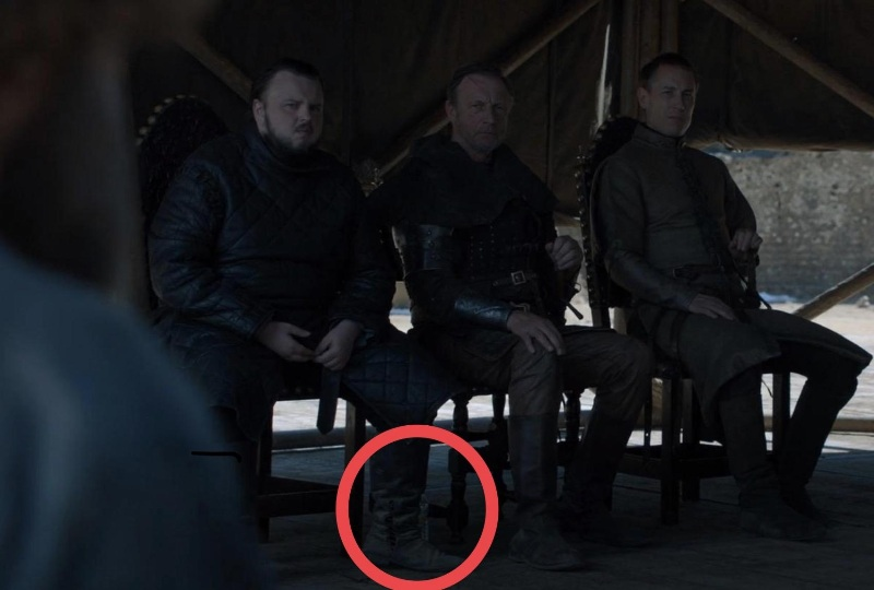 Rogue bottle spotted in Game of Thrones finale (with video)