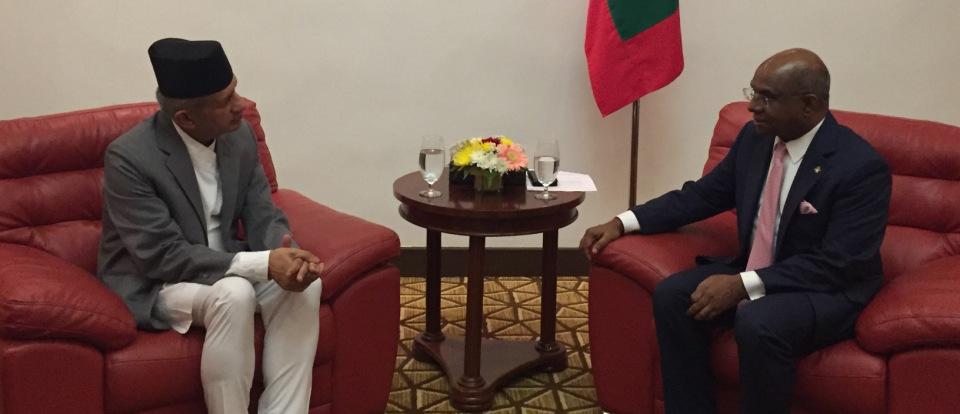 FM Gyawali invites Maldivian counterpart to visit Nepal