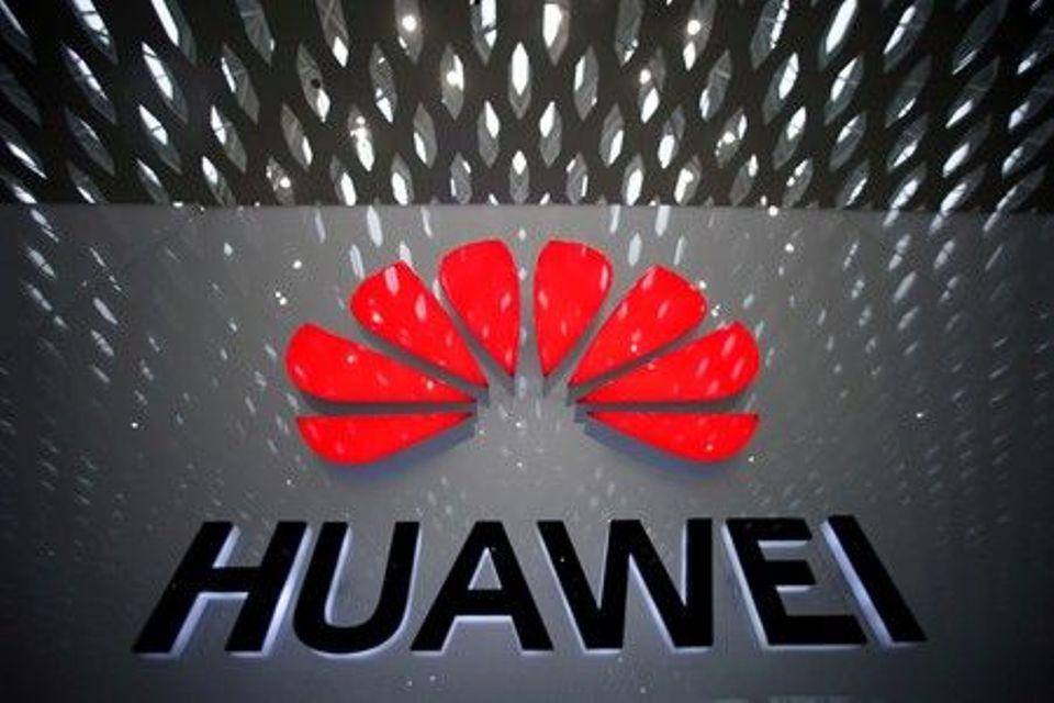 Huawei says U.S. enticing, coercing staff to provide company info