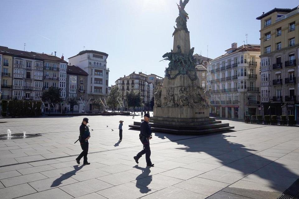 Spain goes under lockdown to fight coronavirus