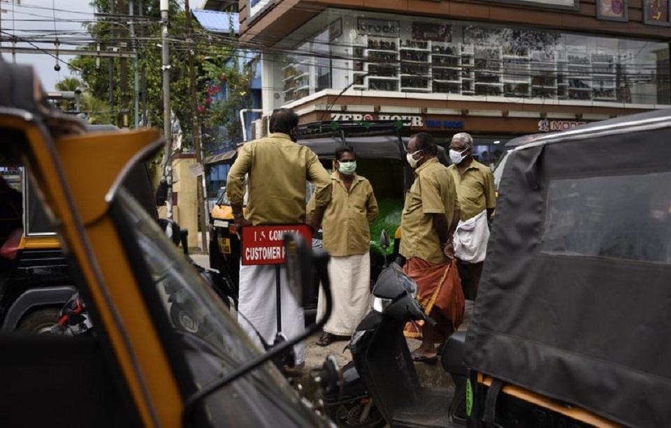 India's cases spike again to near half-million