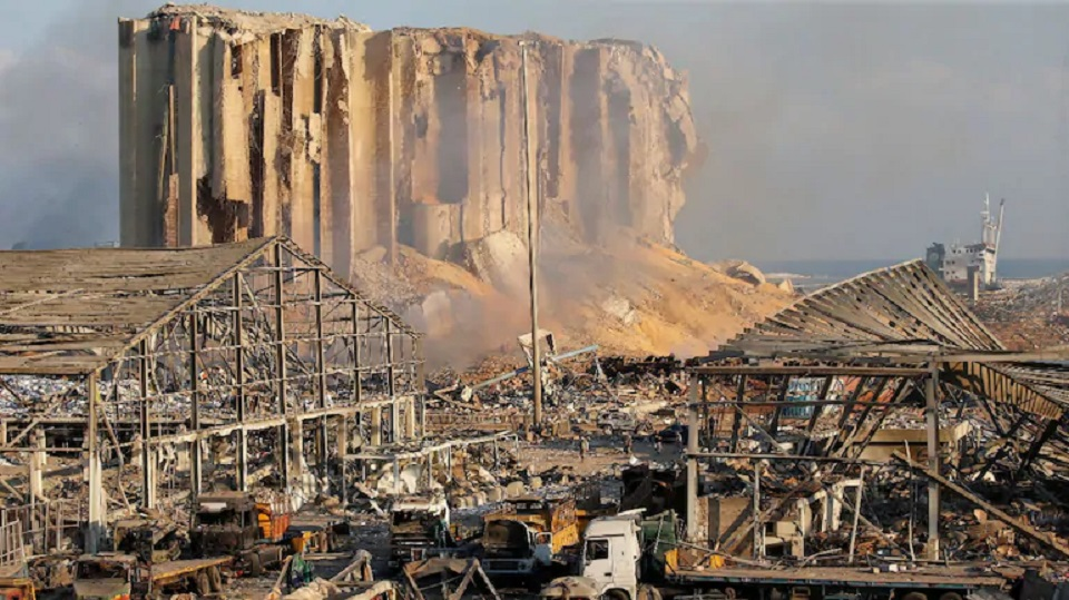 After blast, Lebanon has less than a month's grain reserves