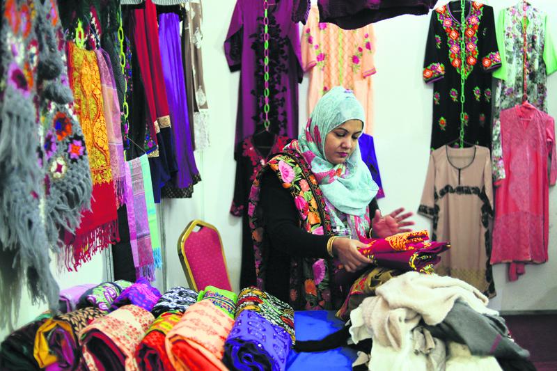 Buyers throng Nepal-Bangladesh Expo