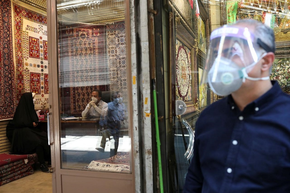 Iran death toll from coronavirus rises by 71 to 6,028 - Health Ministry