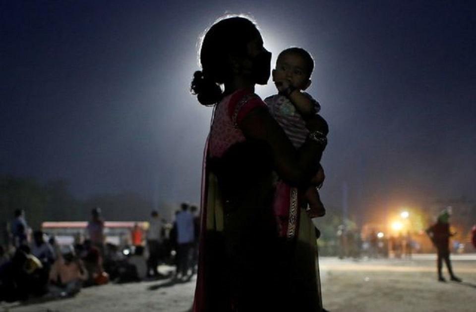 India coronavirus infections surge past 100,000, deaths top 3,000