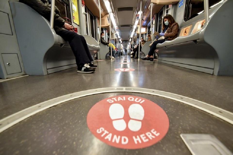 Making public transit safe next hurdle in easing lockdowns