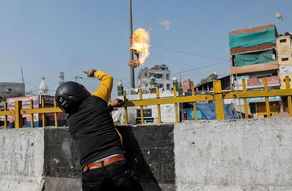 Seven killed, 150 injured in riots in Delhi