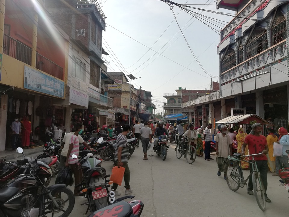 People in Sarlahi defying lockdown despite growing numbers of COVID-19 cases