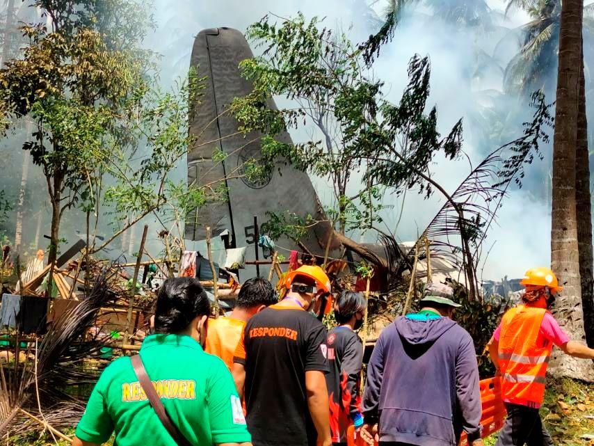 Philippines' plane crash kills 47, injures 49; probe ordered